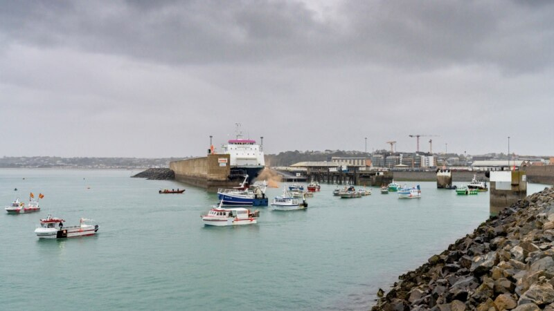 Tenzije između Francuske i Velike Britanije oko ribolova