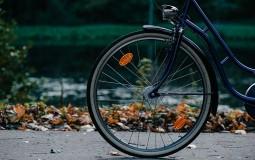 Teško povređen biciklista kod Vladičinog Hana