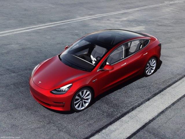 Tesla, BMW, Corvette, Porsche  ko je brži? VIDEO