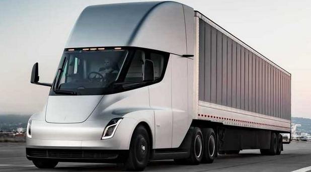 Tesla Semi kamion odložen za 2022. godinu