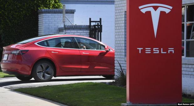 Tesla obara sopstvene rekorde
