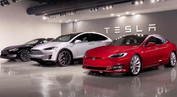 Tesla otvara fabriku uprkos zabrani