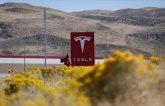 Tesla otvara prvu solarnu stanicu za punjenje električnih vozila
