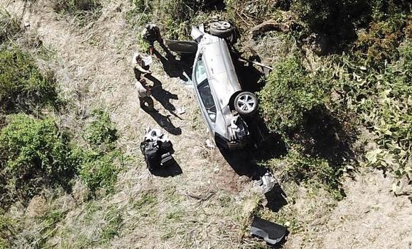 Tiger Woods teško povređen u saobraćajnoj nesreći