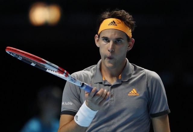 Tim srušio Federera u Londonu!