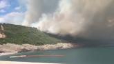 Tivat: Požar guta sve, ljudi beže, evakuisani i Srbi VIDEO