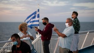 Tokom noći četiri autobusa otišla put Grčke