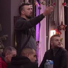 Tomović primetio NAGLI PREKID kontakta Rialde i Alena! SIGURAN je da BEŽE OD OBOSTRANE LJUBAVI! (VIDEO)