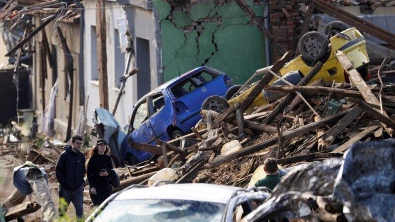 Tornado razorio naselja na jugu Češke