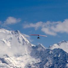 Tragedija u Alpima: U avionskoj nesreći poginuli otac i sin (13)