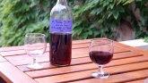 Tramp ljut na Makrona: Uvešćemo porez na francusko vino