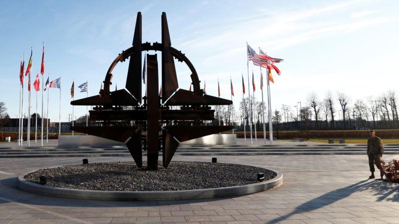 Tramp preti povlačenjem, optužuje Nemačku da nedovoljno izdvaja za NATO