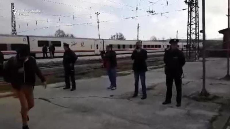 Transfer migranata iz Bihaća u centar Ušivak