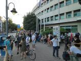 Treći protest u Nišu - mirna šetnja, zahtevi i izdvajanje manje grupe građana
