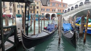 Trgovci u Italiji koriste krizu usled korona virusa