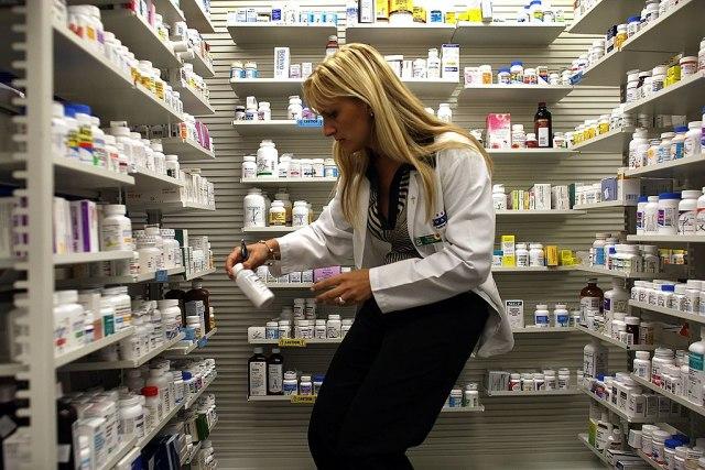 Tri leka koriste za teške kovid-pacijente: Imaju li slovenački lekari dobitni recept u rukama?