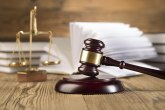 Tri pljačkaša iz Rica izvedena pred sud