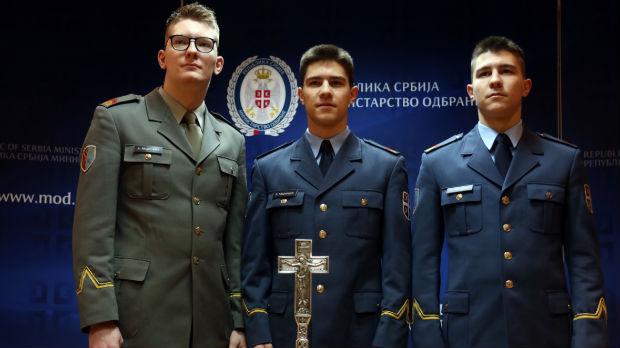 Tri rođena brata – tri buduća oficira