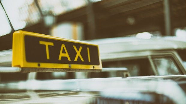 Trpela sam izlive besa taksiste, a onda mi je prekipelo
