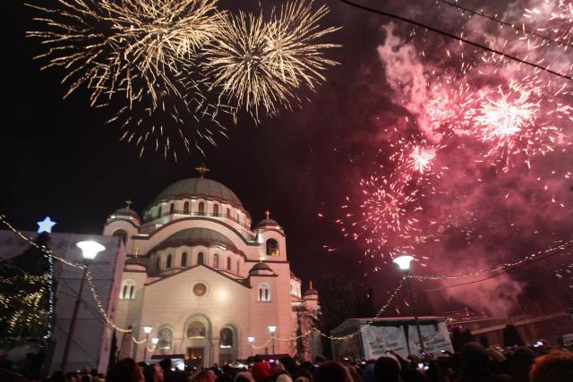 Trubači, srpske zastave, moleban i vatromet FOTO, VIDEO