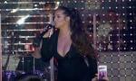 Trudna Seka Aleksić pevala u noćnom klubu u uskoj, providnoj haljini sa dekolteom (FOTO)