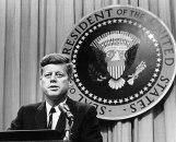 Truman, Ajzenhauer i Džon Kenedi se prevrću u grobu FOTO