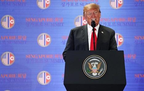 Trump kaže da je izgubio 2 do 5 milijardi dolara otkad je predsjednik