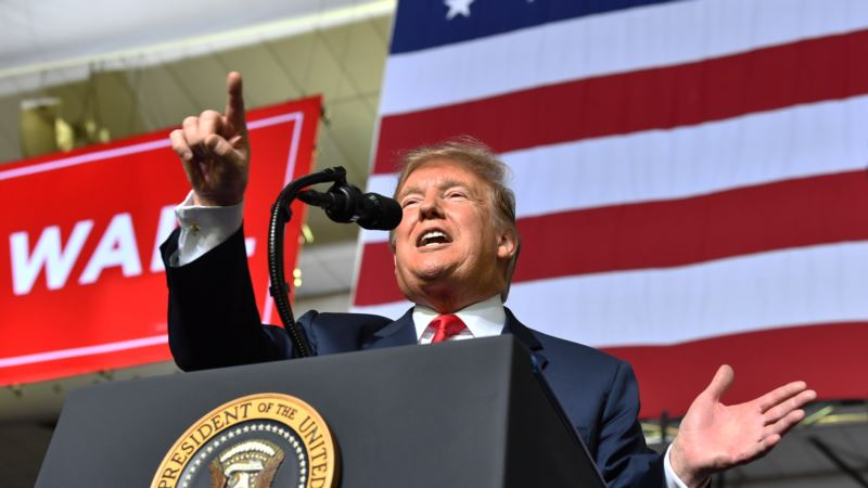 Trumpov pristalica napao kamermana BBC u El Pasu