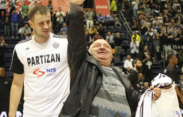 Tuga! Otišao Miša, čovek koji je živeo za Partizan!
