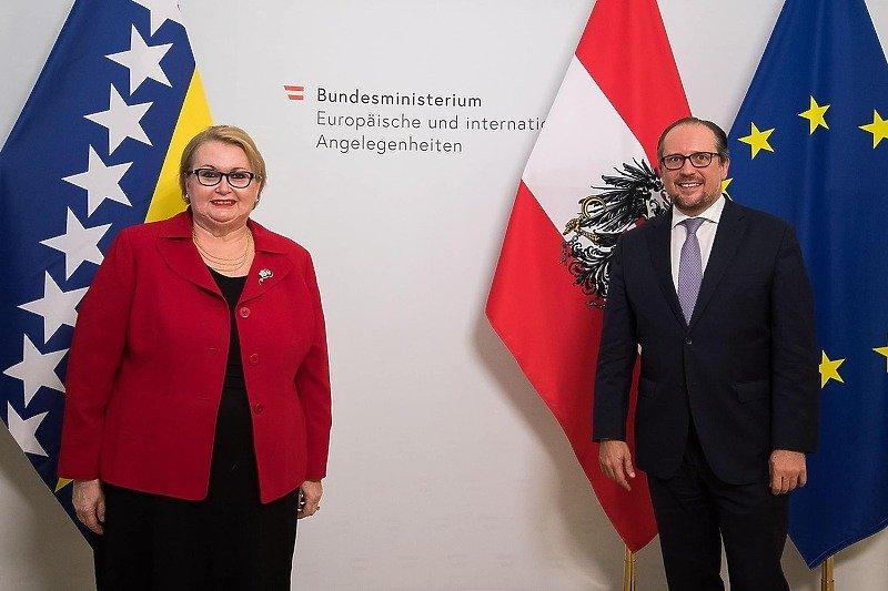 Turković: Austrija će nam u vrlo kratkom roku donirati 500.000 doza AstraZenece