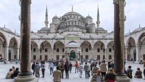 Erdogan zvanično pretvorio Aja Sofiju u džamiju, kaže ostaće otvorena za sve