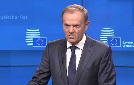 Tusk će preporučiti čelnicima EU-a da prihvate odgodu Brexita