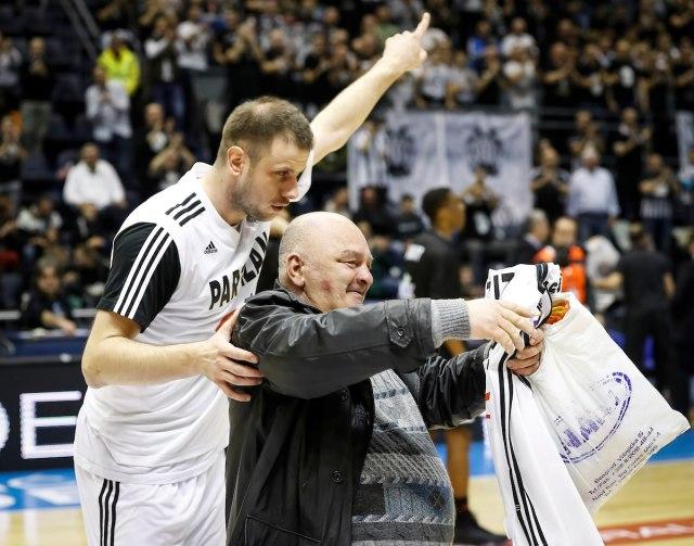 Tužan dan za partizanovce – preminuo Miša Tumbas