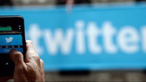 Tviter trajno zabranio nalog povezan sa iranskim vrhovnim vodjom zbog pretnji Trampu