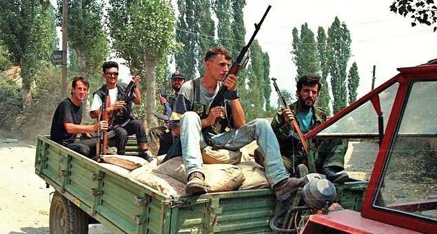 Tzv. veterani terorističke UĆK se ne osećaju sigurno zbog Srba ni u državi koju su izgradili