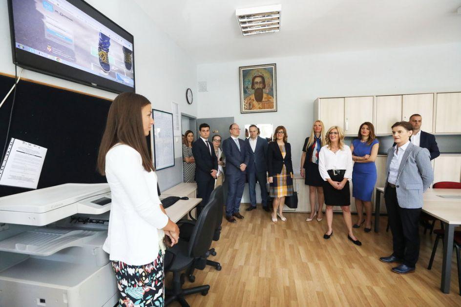 U 500 škola u Srbiji brzi internet od 1. septembra