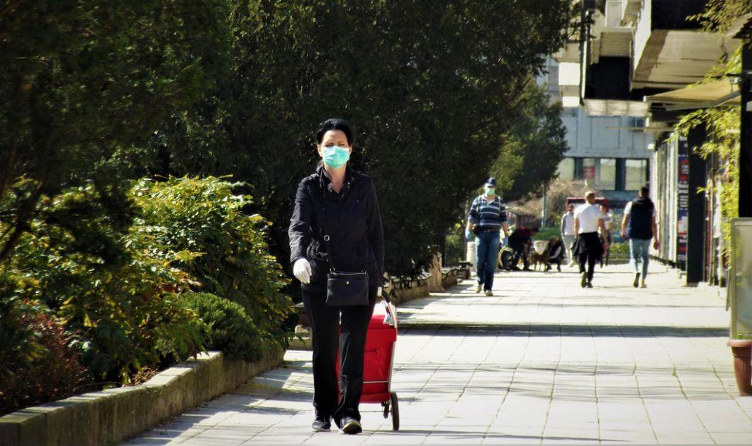 U Beogradu od danas obavezno nošenje maski u zatvorenom, većina građana se pridržava mere