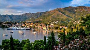U Crnoj Gori 140.000 turista, 17 odsto manje u odnosu na rekordnu 2019.