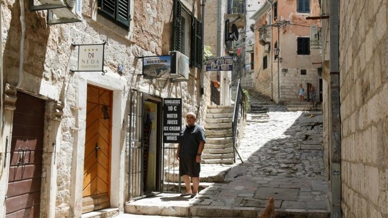 U Crnoj Gori 144 novozaražena, od čega 12 turista