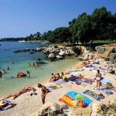 U HRVATSKOJ JE SAD GORE NEGO U RATU Nijedna zemlja nije toliko zavisna od turizma, privreda opala za 11 odsto
