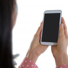 U HRVATSKOJ KREĆE ŠPIJUNSKA APLIKACIJA: Putem mobilnog otkrivaju kontakt sa zaraženima koronom!