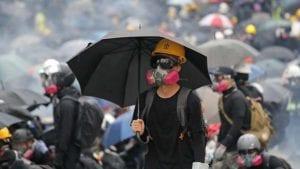 U Hongkongu haos posle sukoba policije i demonstranata