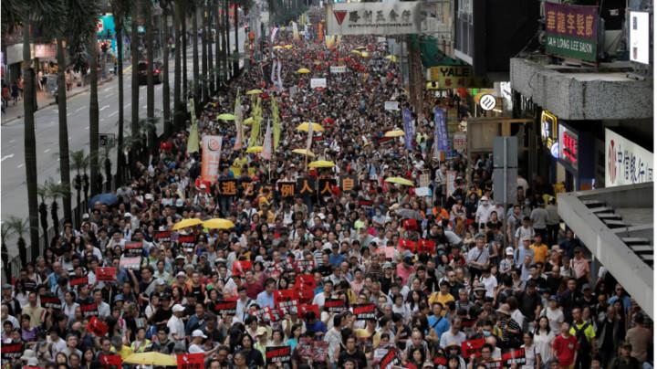 U Hongkongu pred sudom 23 osobe koje su optužene za nerede