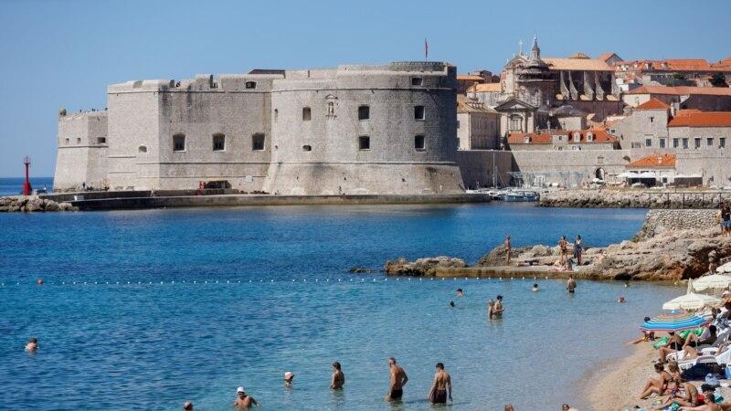 U Hrvatskoj 11 novih slučajeva, osam osoba preminulo