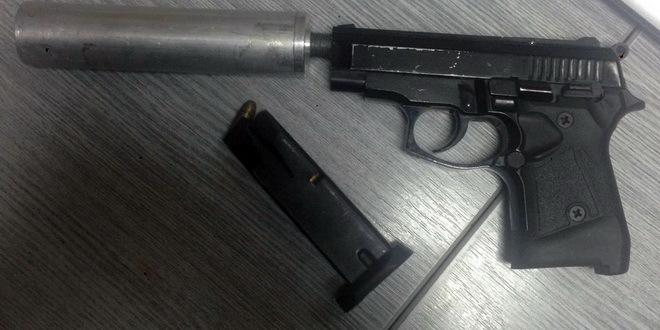 U Mađarskoj uhapšen Srbin, krijumčario 30 pištolja