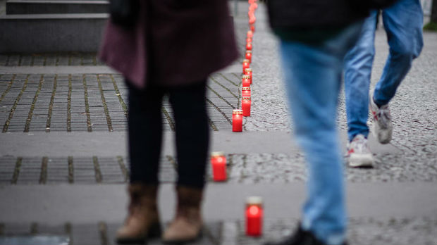 U Memorijalu Holokausta u Berlinu upaljeno 75 sveća