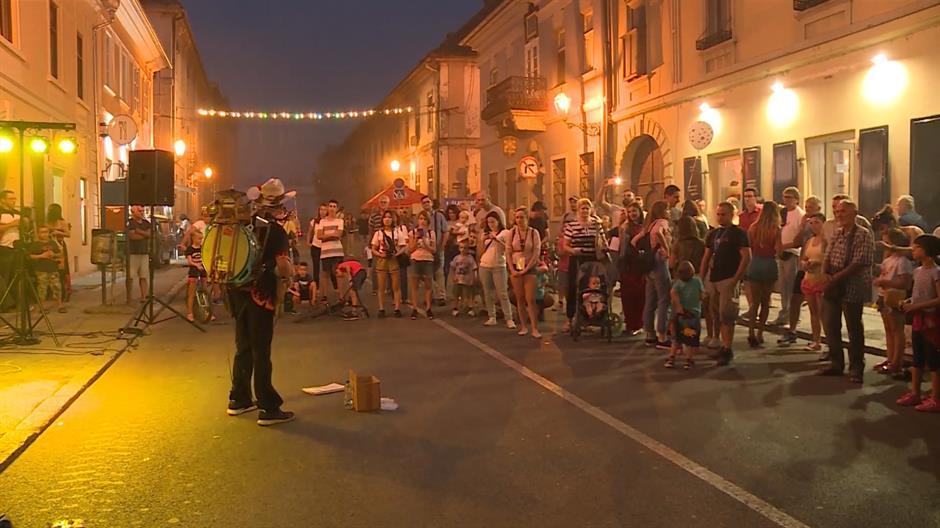 U Novom Sadu počeo Festival uličnih svirača