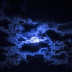 U PONOĆ OBAVEZNO POGLEDAJTE U NEBO! Večeras se otvaraju Božja vrata!