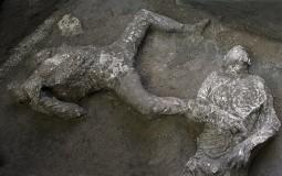 U Pompeji nađeni ostaci dva muškarca, verovatno bogataša i roba