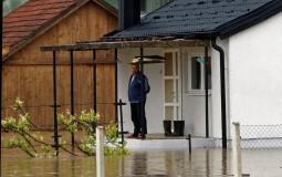 U Prijedoru poplavljeno 400 kuća, porušen pešački most...